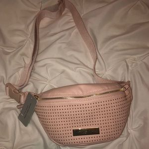 Andrew Marc Bags - NWT Andrew Marc Fanny Pack